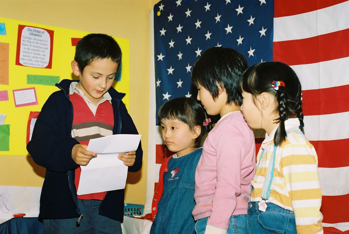Japanese-students-about-usa